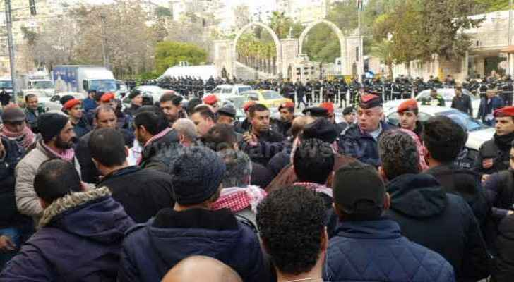 Job seekers end sit-in near Royal Court, return to Ma'an