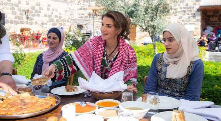 Queen commends youth for uplifting Jordan