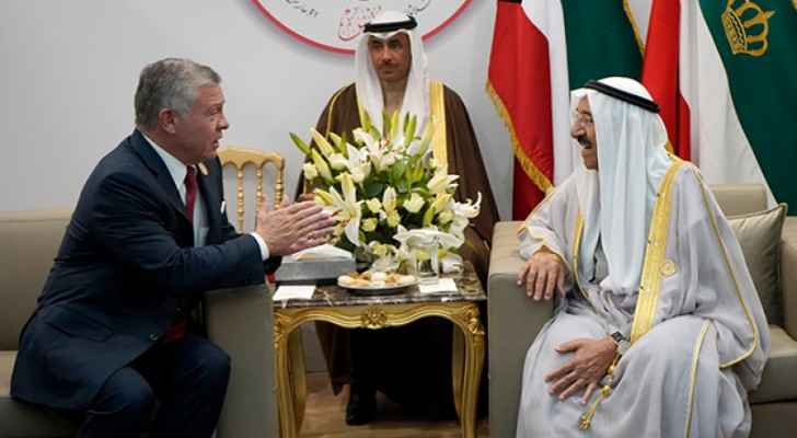 King meets Kuwait emir in Tunis