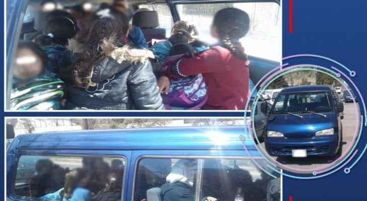 Minibus caught for overloading of passengers in Abdoun