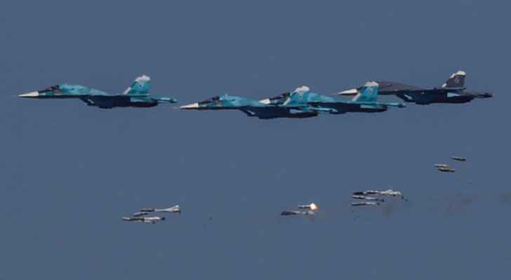 Russian warplanes bomb 14 Nusra sites in Idlib
