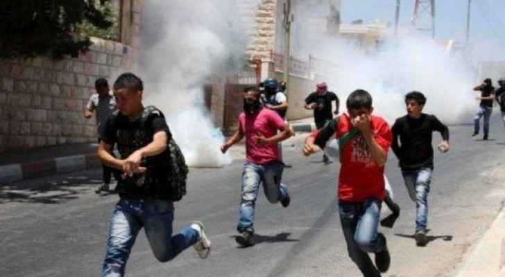 Palestinians suffocate by Israeli tear-gas bombs in Hebron