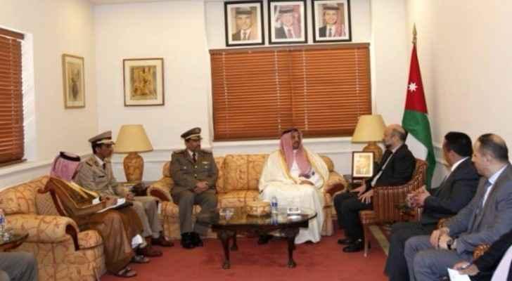 PM Razzaz meets Deputy Prime Minister of Qatar