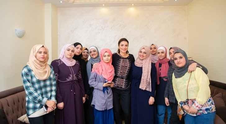Queen Rania meets women entrepreneurs in  Karak