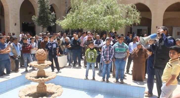 Jordanians organize protest in Karak against recent government reshuffle