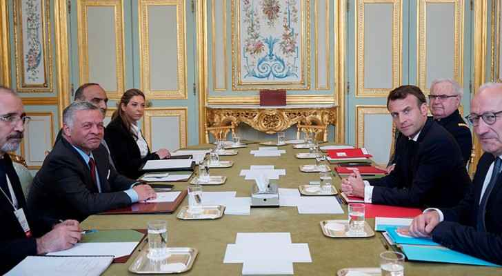 King, French president discuss opportunities to enhance cooperation