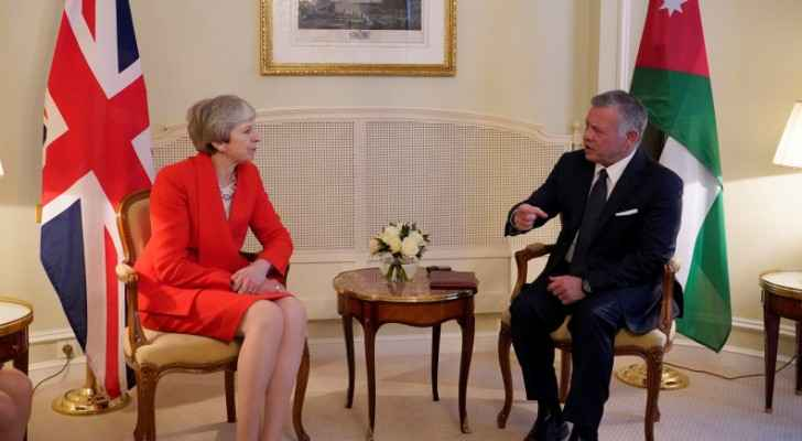 King meets British PM in Paris