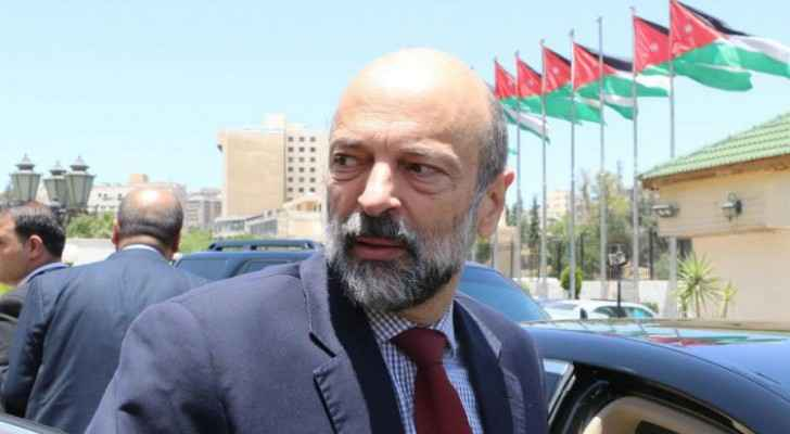 MP calls on PM Razzaz to take actions against restaurants serving food during day in Ramadan