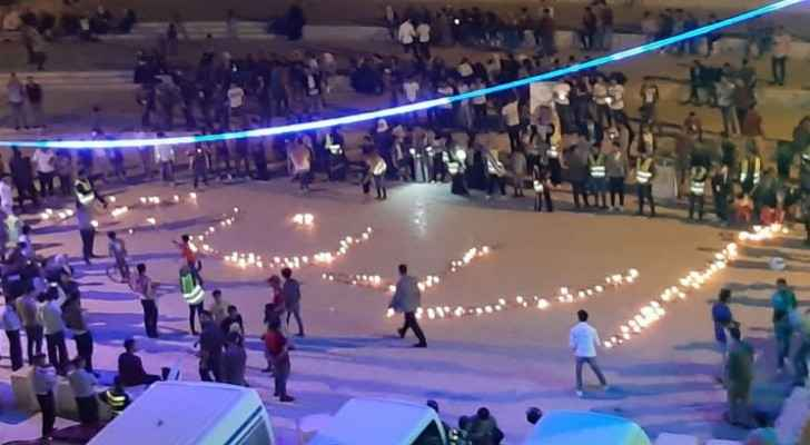 Video: Youth in Karak write 'Jordan 73' with 1,500 candle lights in celebration of Independence Day