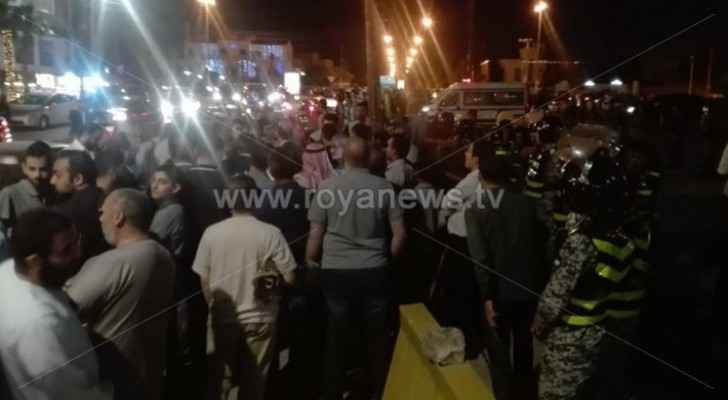 People stage sit-in in front of US Embassy in Amman