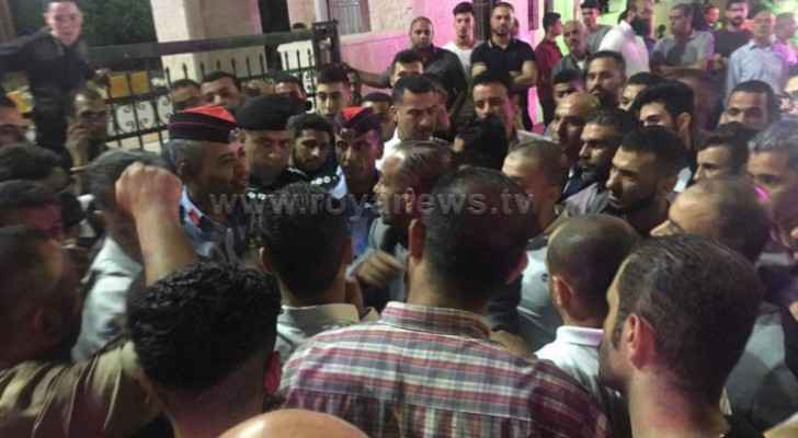 Relatives of young man stabbed to death in Irbid, carry out protest