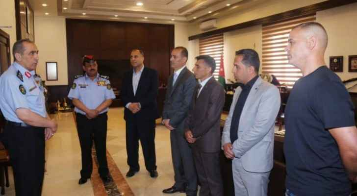 PSD Director honors members of CID for arresting robber in Amman in record time