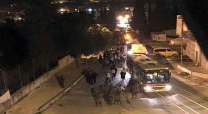 13 Palestinians injured as hundreds of settlers storm east Nablus