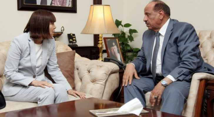 Interior Minister praises US support to Jordan