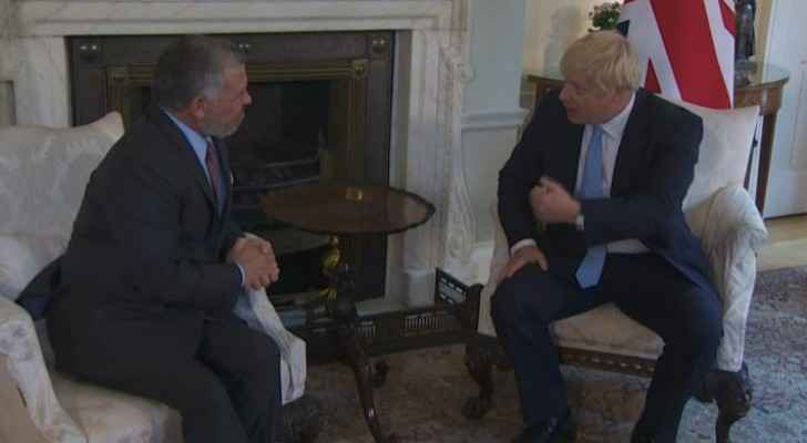 King meets British PM in London