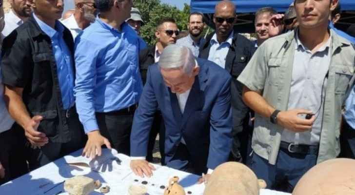 Netanyahu lays foundation stone for 650 new settlement units in Ramallah