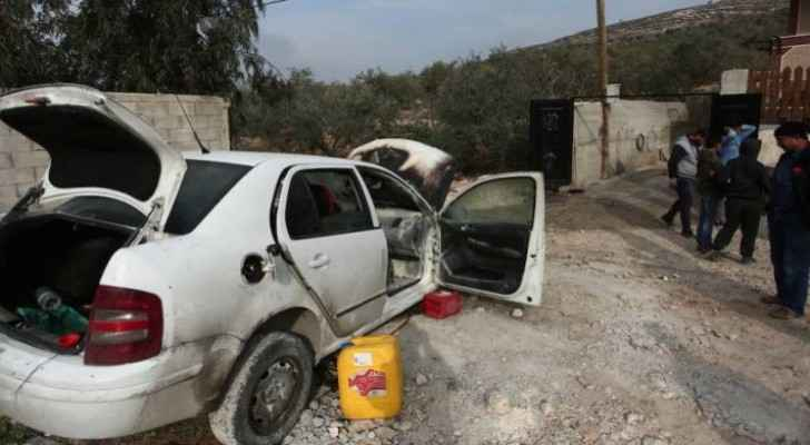 Israeli settlers attack cars, houses in Bethlehem