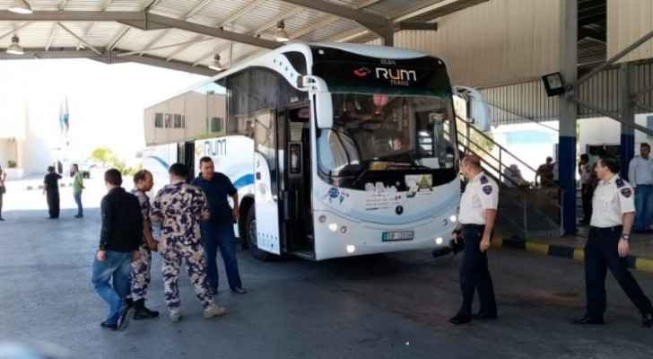 First group of Jordanian pilgrims arrives in Al Mudawara Border Crossing