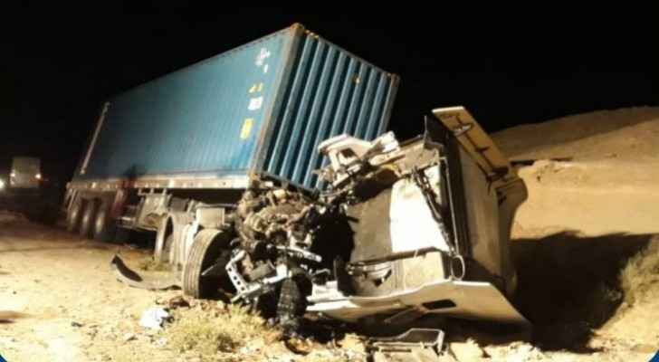 Truck driver dies in rollover accident in Aqaba
