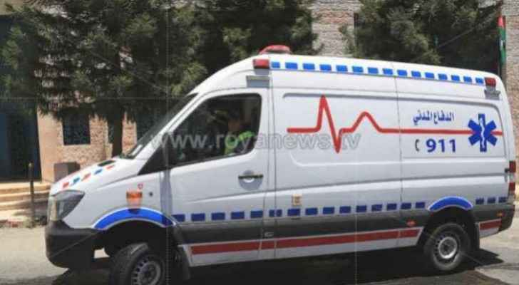 Child dies, his mother, brother injured in car accident in Irbid