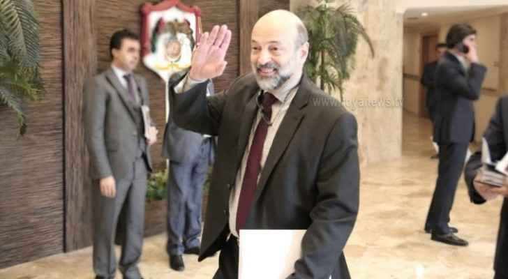 Razzaz: Government committed to royal directives on enhancing human rights system