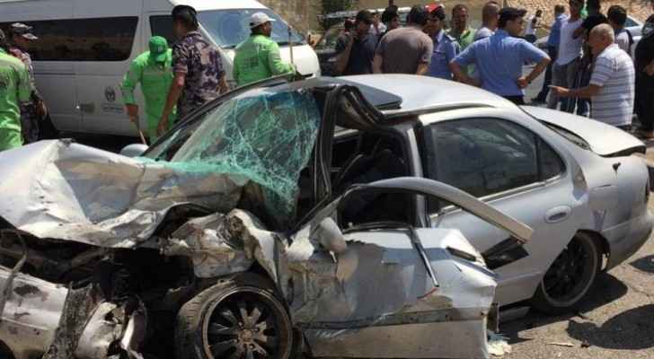 One dead, two injured in two-vehicle collision accident in Amman