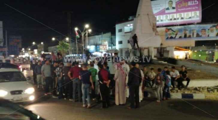 People protest in Ramtha, call for releasing detainees following last week's riots