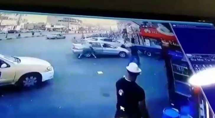 Video: Man stabs two citizens in Zarqa