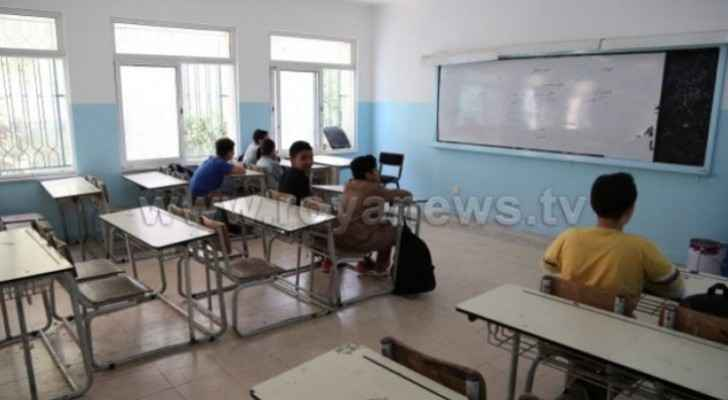 Zarqa Directorate of Education asks heads of schools in Zarqa to submit names of striking teachers