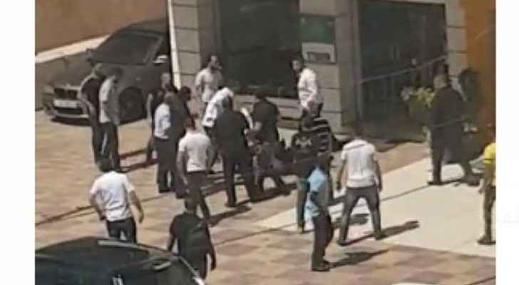 Video: Quarrel breaks out between employees of private companies in Amman
