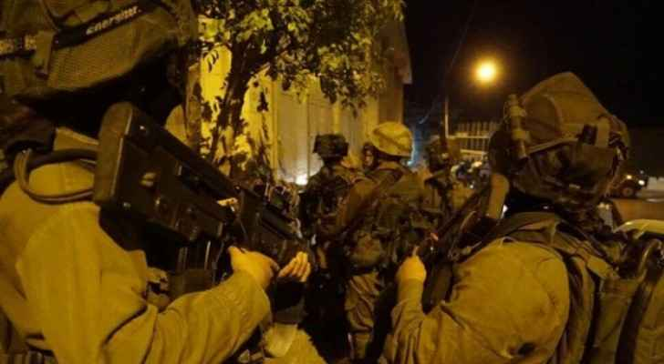15 Palestinians detained in West Bank