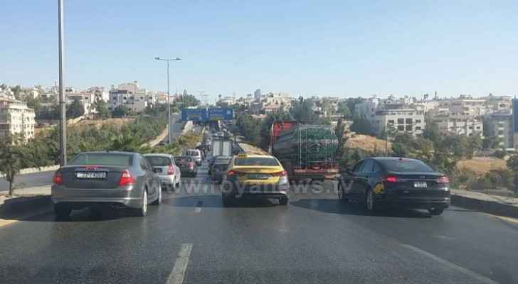 Photos: Security presence, traffic jam near 4th circle in Amman