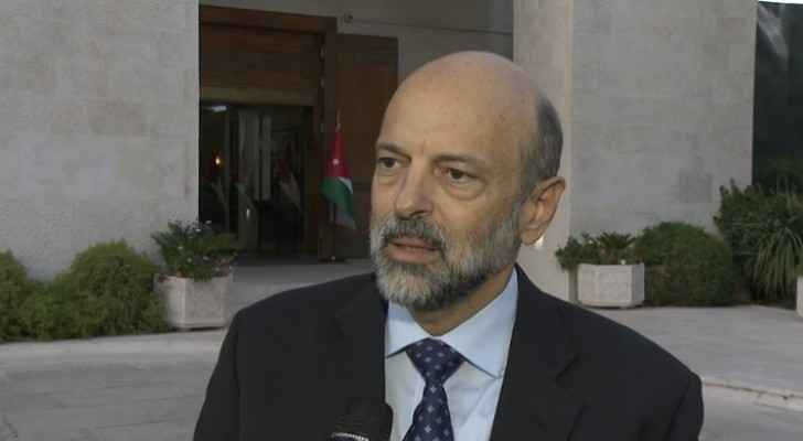 Razzaz: Teachers' pay raises will increase budget deficit
