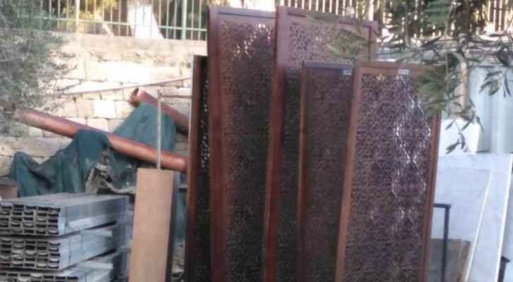 Israeli Police invade Bab al-Rahma Mosque, arrest five Palestinians