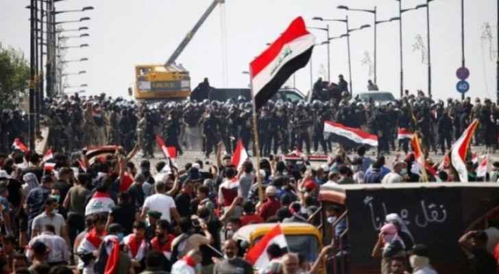 100 killed, 5,500 injured in anti-government protests in Iraq