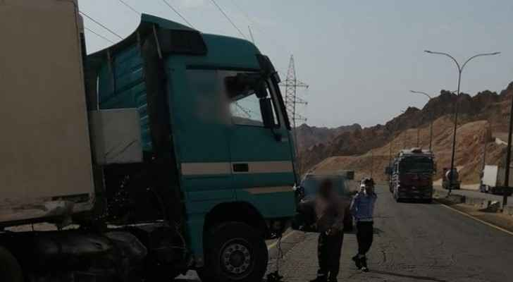 Truck collides with chiller lorry, leaves one dead and two injured
