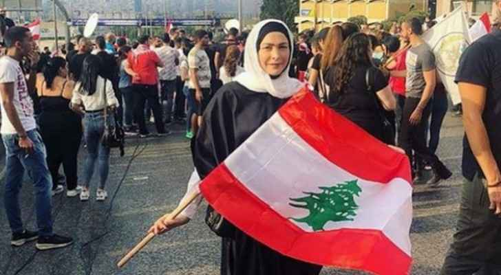 Lebanon protests enter second month as demonstrators dig in