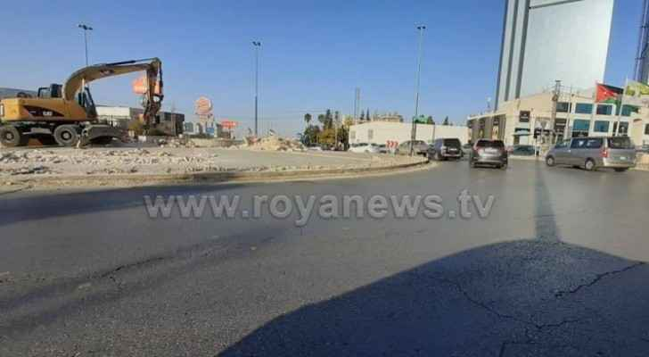 GAM starts removing 6th circle in Amman to install traffic lights instead
