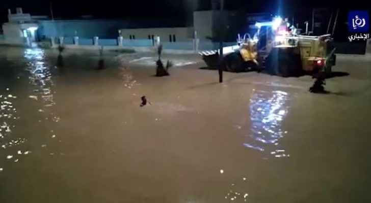 Man goes missing after being swept away by flooding in Zarqa