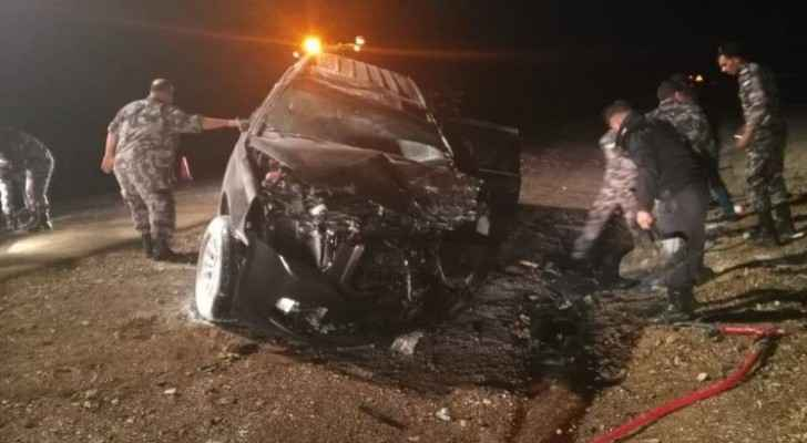 Photos: Desert Highway accident kills 3, leaves 2 with injuries