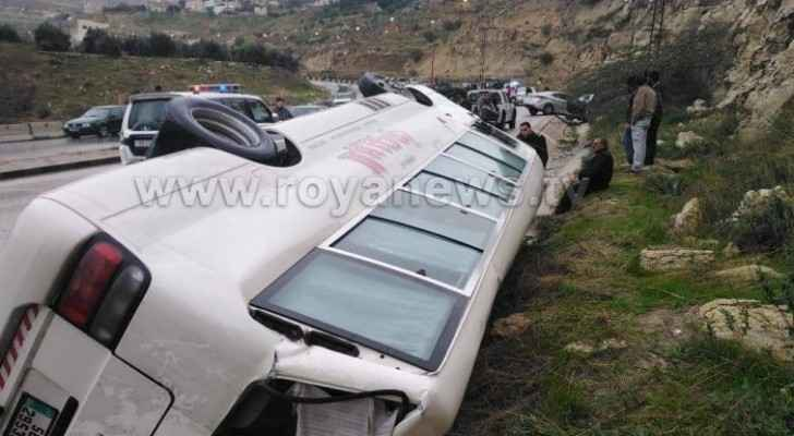 Photos: Road accident in al-Addasiyah leaves 10 with injuries