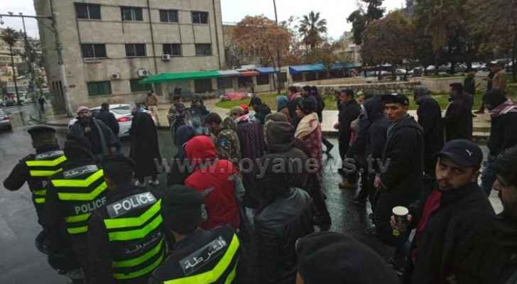 Photos: Tens of unemployed young men from Tafilah organize protest in Amman