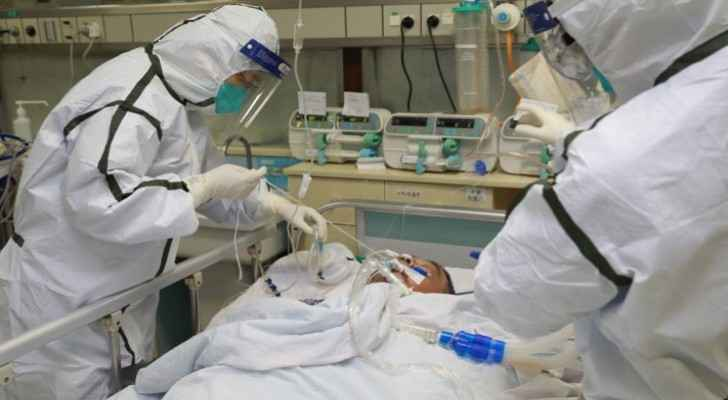 Senior Wuhan doctor dies from coronavirus, death toll rises to 1,868