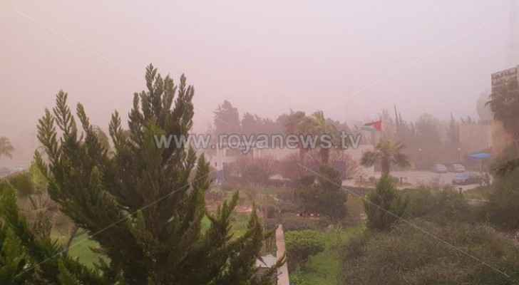 Watch: Sand storm hits several areas of Amman
