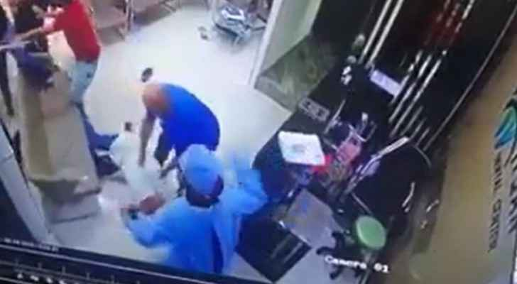 Video: Dentist physically assaulted at his clinic in Amman, attackers arrested