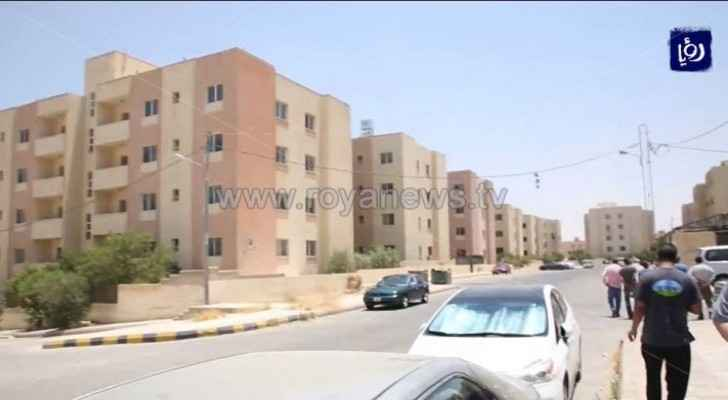 34 impoverished families receive new homes under royal initiative