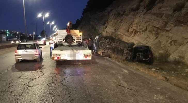 Two injured in two-vehicle collision accident on Irbid-Amman road