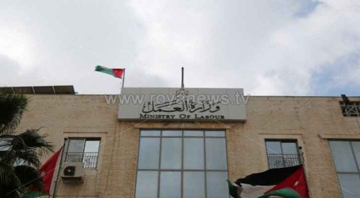 Non-Jordanian workers allowed to leave Jordan only if contract is cancelled