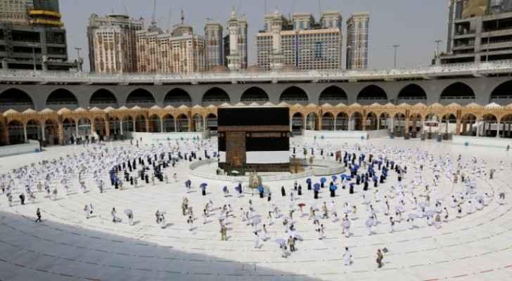 Pilgrims flock to Sacred House of God for Hajj