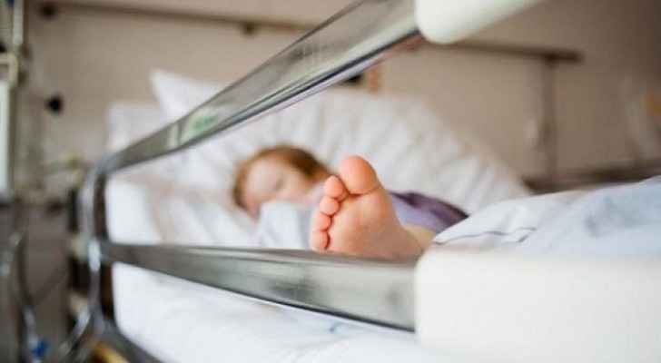 Child of second person who died from food poisoning in ICU